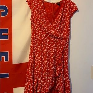 Red floral• size 6• J Crew• ruffle dress